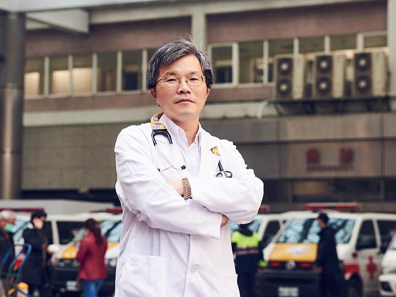 現役最資深的兒童急診醫師.吳昌騰醫師堅持守著急診守著孩子的健康
