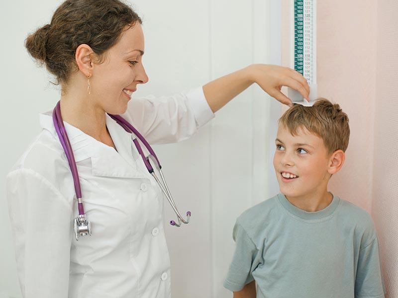 擔心孩子發育不良,中醫:男女轉骨時機大不同!六關鍵助長高
