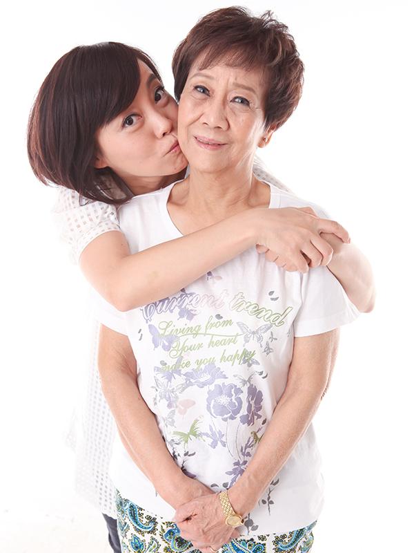 親愛的媽媽,母親節快樂!