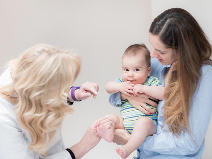 探訪新生兒時千萬別做的10件事!別讓新手爸媽忙上加忙